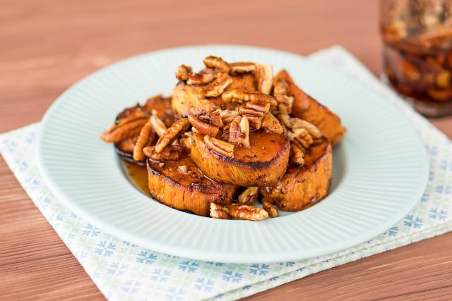 How to Make Roasted Sweet Potatoes with Maple Pecan Glaze (Video)