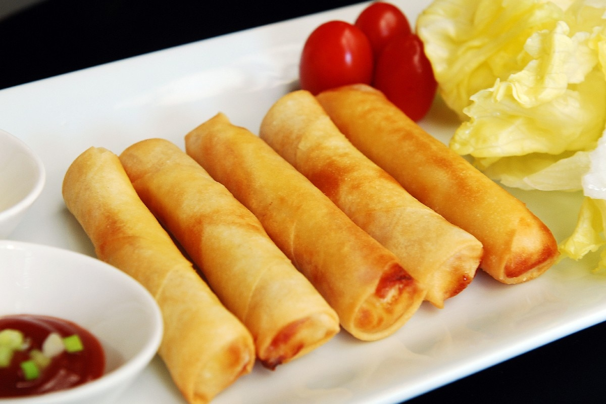 Baked Lumpia Rolls - KitchMe
