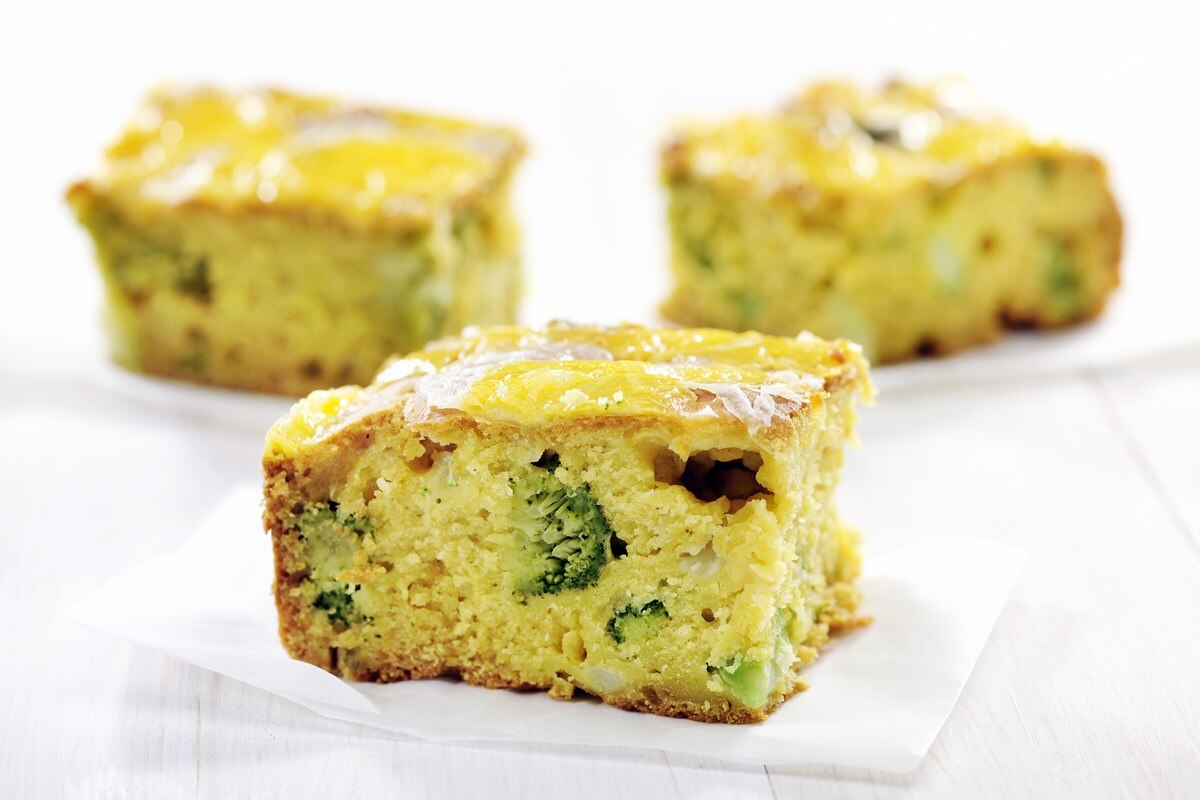 Broccoli Cheddar Cornbread - KitchMe