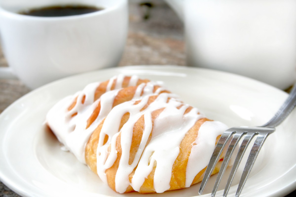 Easy Cream Cheese Danish - KitchMe