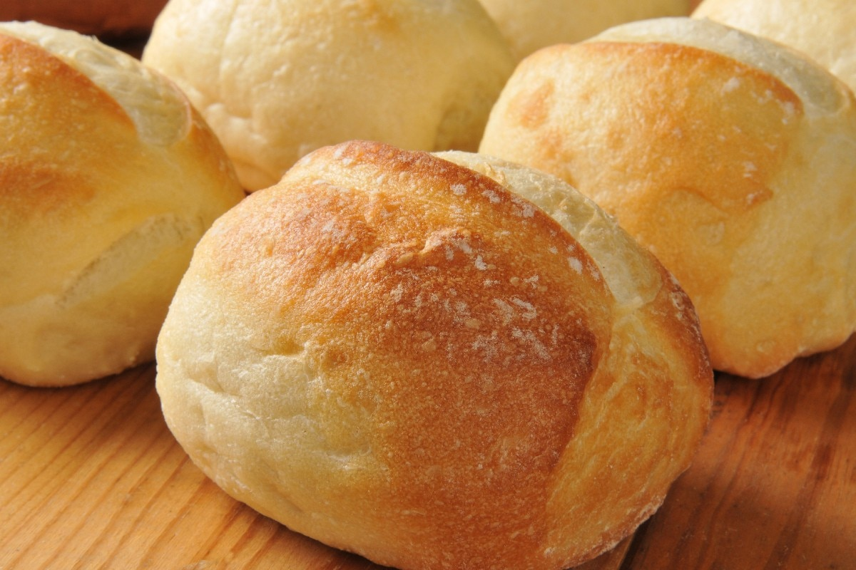 French Bread Rolls to Die For - KitchMe