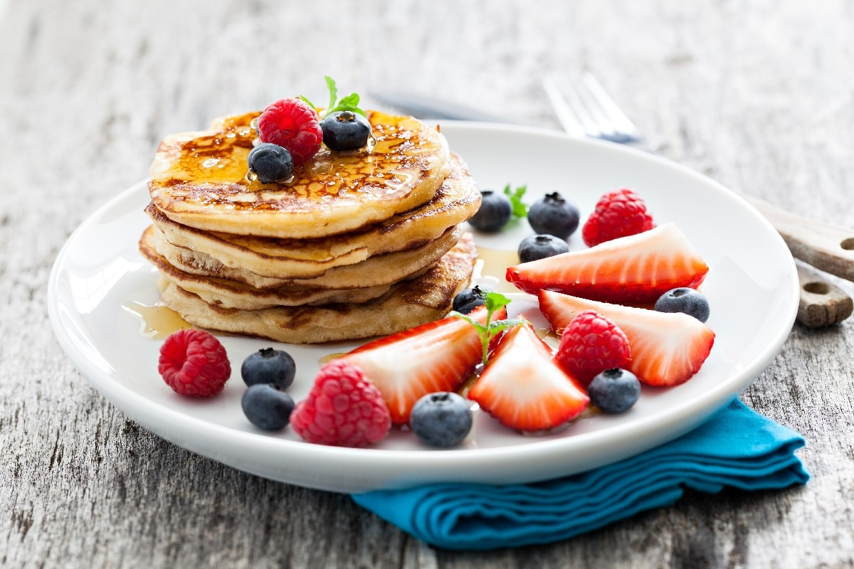 Good Old-Fashioned Pancakes - KitchMe