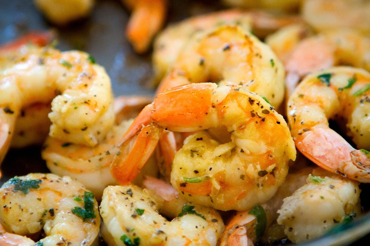 Grilled Garlic And Herb Shrimp Recipe — Dishmaps