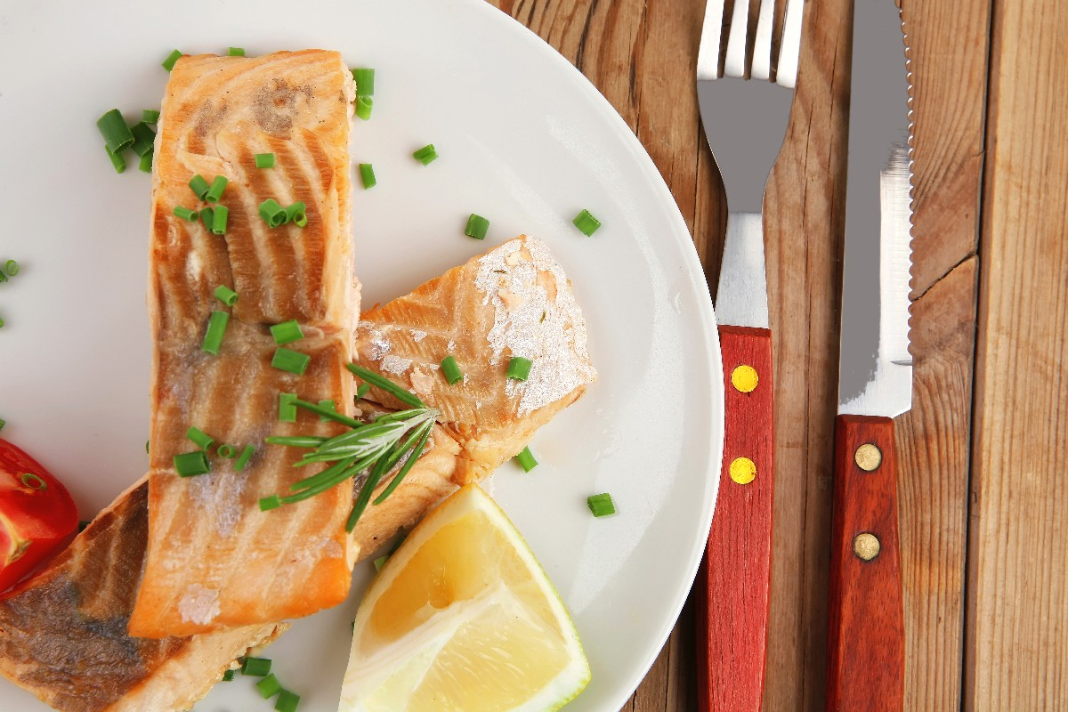 Honey Ginger Grilled Salmon - KitchMe