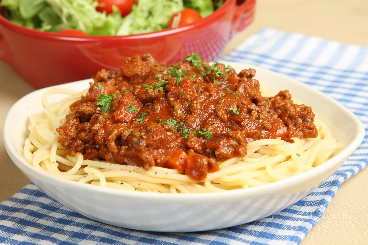 12 romantic dinner recipes for valentines day 1 mamas world famous spaghetti forumfinder Gallery