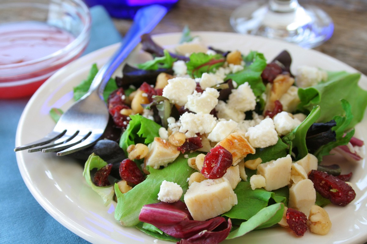 Missy's Candied Walnut Gorgonzola Salad - KitchMe