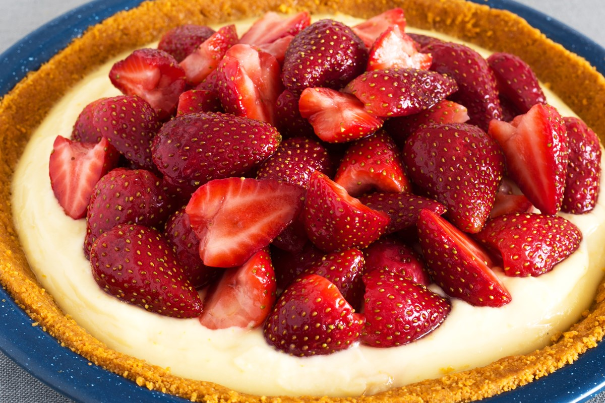 23 Strawberry Desserts Just in Time for Summer!