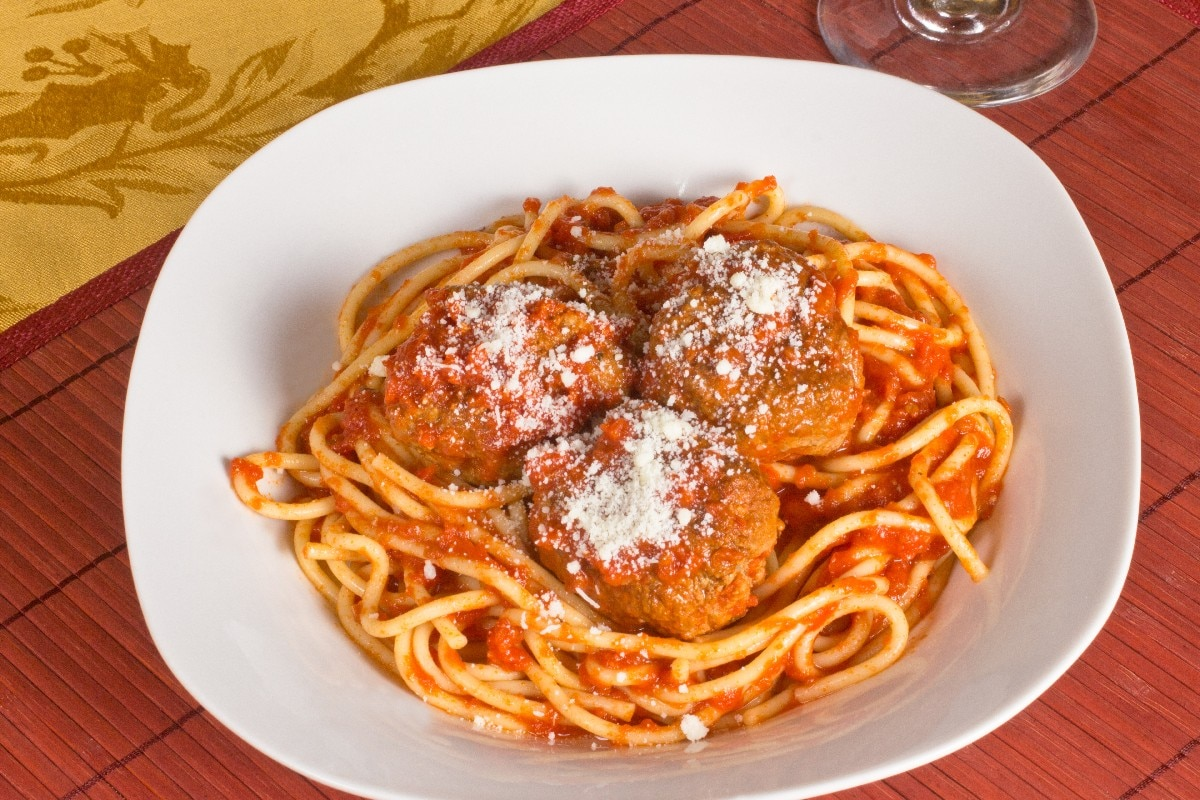 Spaghetti and Meatballs - KitchMe