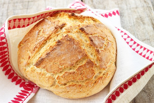 Amazingly Easy Irish Soda Bread | KitchMe