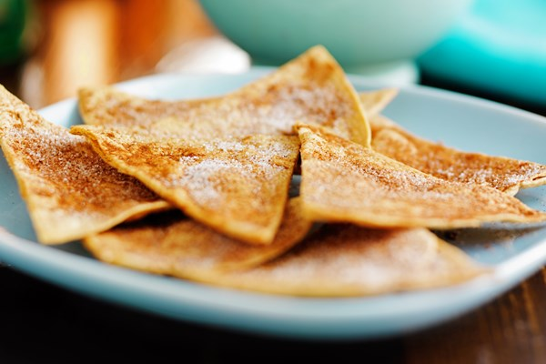baked cinnamon tortilla chips