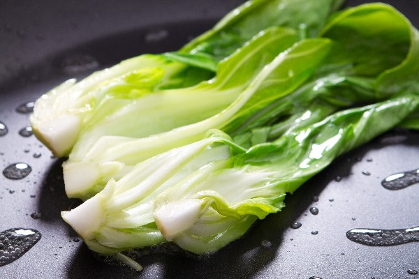 Braised Baby Bok Choy with Ginger and Garlic KitchMe