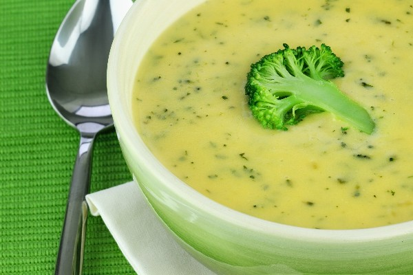Broccoli Potato Cheese Soup - Weight Watchers | KitchMe