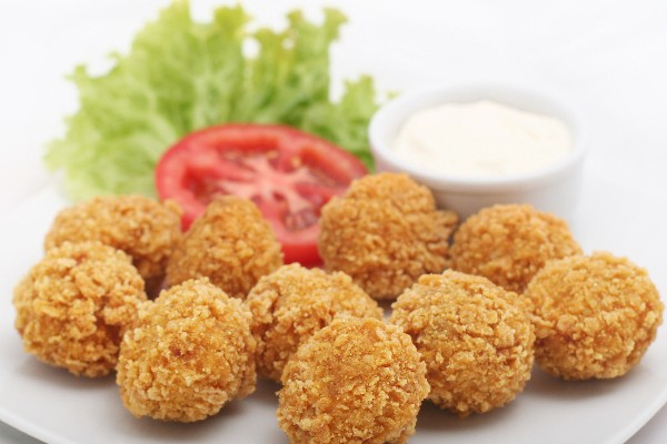 recipe: fried buffalo chicken balls [13]