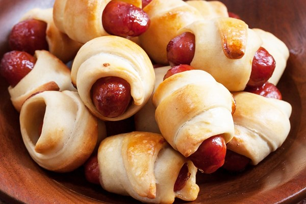 Cheesy Mini Pigs in a Blanket  KitchMe