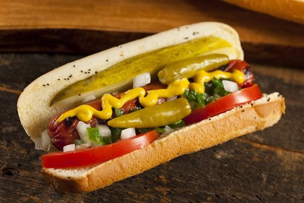 chicago style hot dog 20231 - Chicago Style Hot Dog