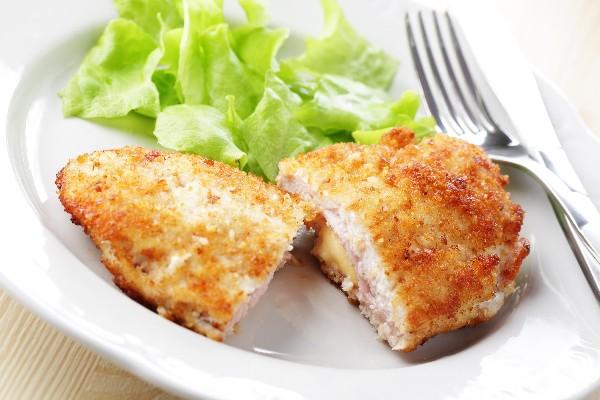 Chicken cordon bleu kitchme chicken cordon bleu forumfinder Gallery
