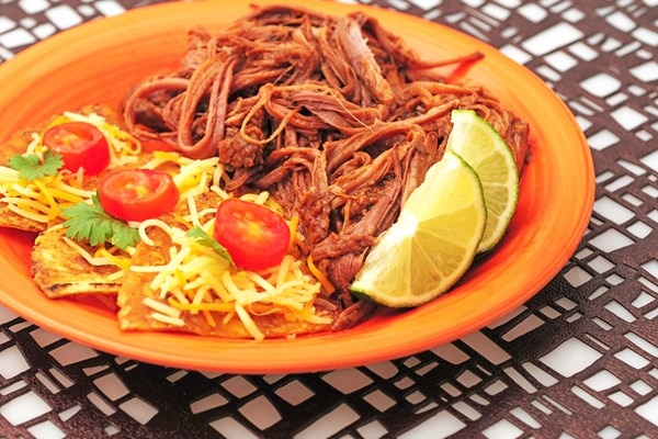 how to cook barbacoa in the ground