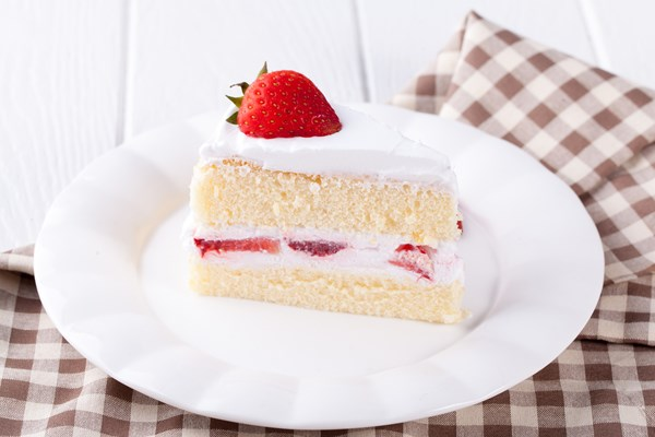 2/11/18-2/17/18 Diner-style-strawberry-shortcake-with-whipped_32241