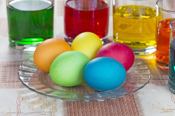 How to make homemade food coloring for easter eggs