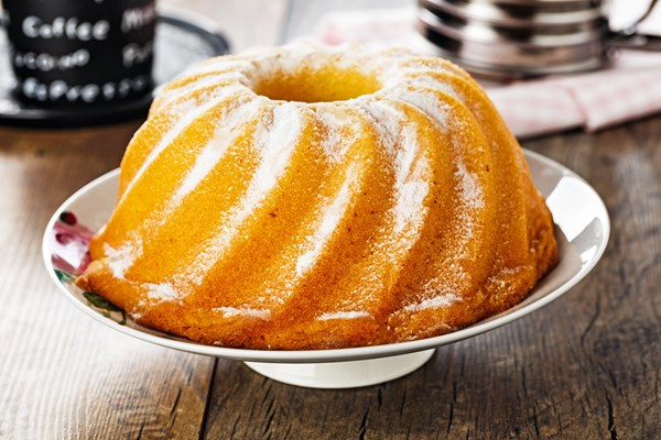 7up pound cake easy lemon 7 up pound cake kitchme 1182