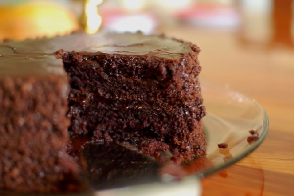 Extreme Chocolate Cake | KitchMe
