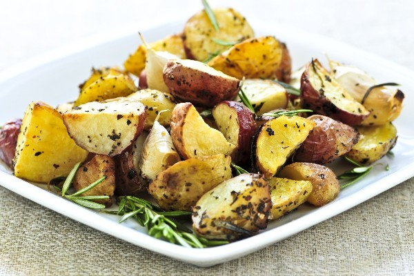 Garlic Dill New Potatoes | KitchMe