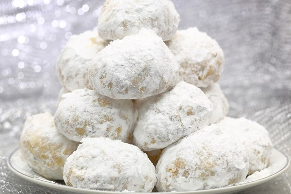 German Pfeffernusse Spice Cookies