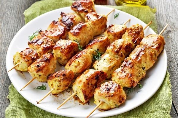 Greek Chicken Souvlaki Kebabs With Tzatziki Sauce Kitchme