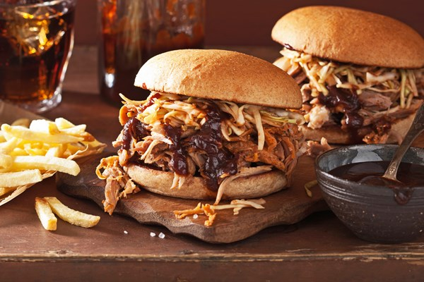 Instant Pot Barbecue Pulled Pork Sandwiches Kitchme