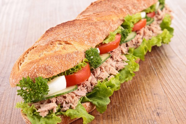 Italian Stuffed Tuna Sandwich - Weight Watchers | KitchMe