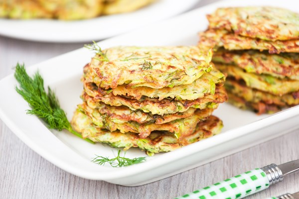 low carb zucchini pancakes kitchme. Black Bedroom Furniture Sets. Home Design Ideas