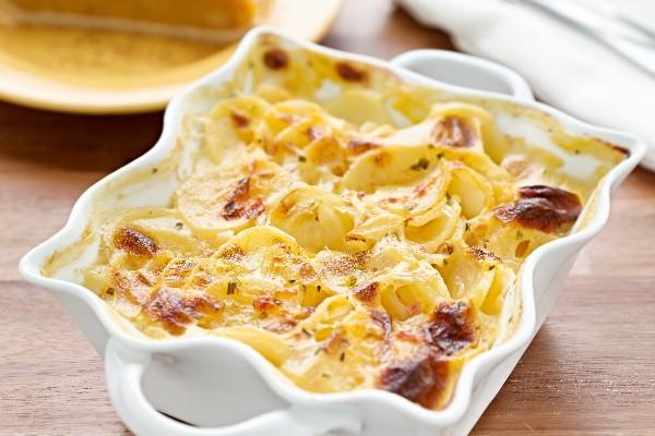 新食感ポテトグラタン!薄切りポテトとチーズの層がクリームとベストマッチ