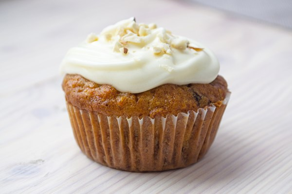 Skinny Carrot Cake Cupcakes With Cream Cheese Frosting Kitchme