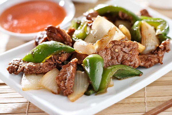 Slow Cooker Pepper Steak | KitchMe