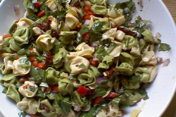 Spinach Artichoke Pasta Salad | KitchMe