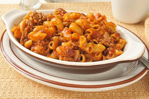 Easy pasta casserole with ground beef