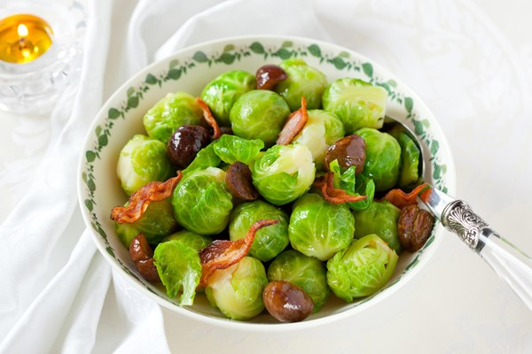 Weight Watchers Brussels Sprouts with Bacon and Chestnuts (4 Points ...