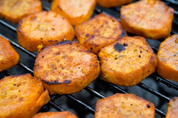 Ww Crispy Barbecued Sweet Potatoes | KitchMe