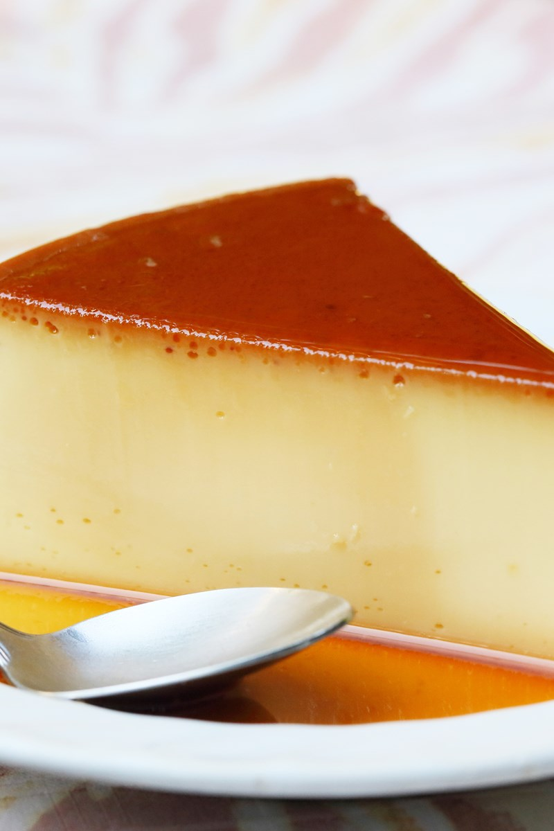 how to do a caramel custard How to make caramel pudding caramel is wonderful, and when you add it to pudding, it makes quite the delicious treat there are two types of caramel pudding that you can make: a stiffer, custard-y type that you invert onto a plate, and a.