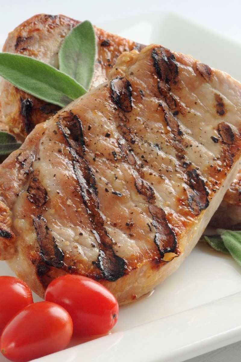 Best grilled pork chops kitchme - Choose best pork ...