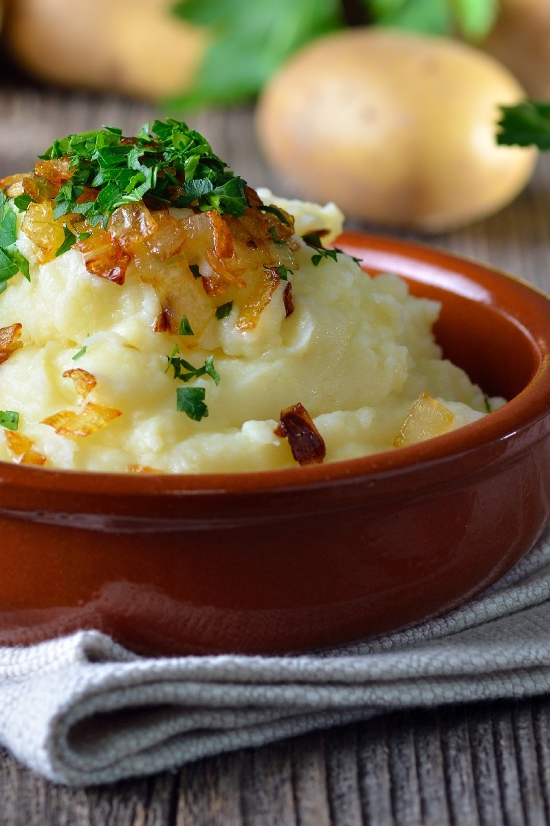Caramelized Onion and Horseradish Smashed Potatoes   KitchMe