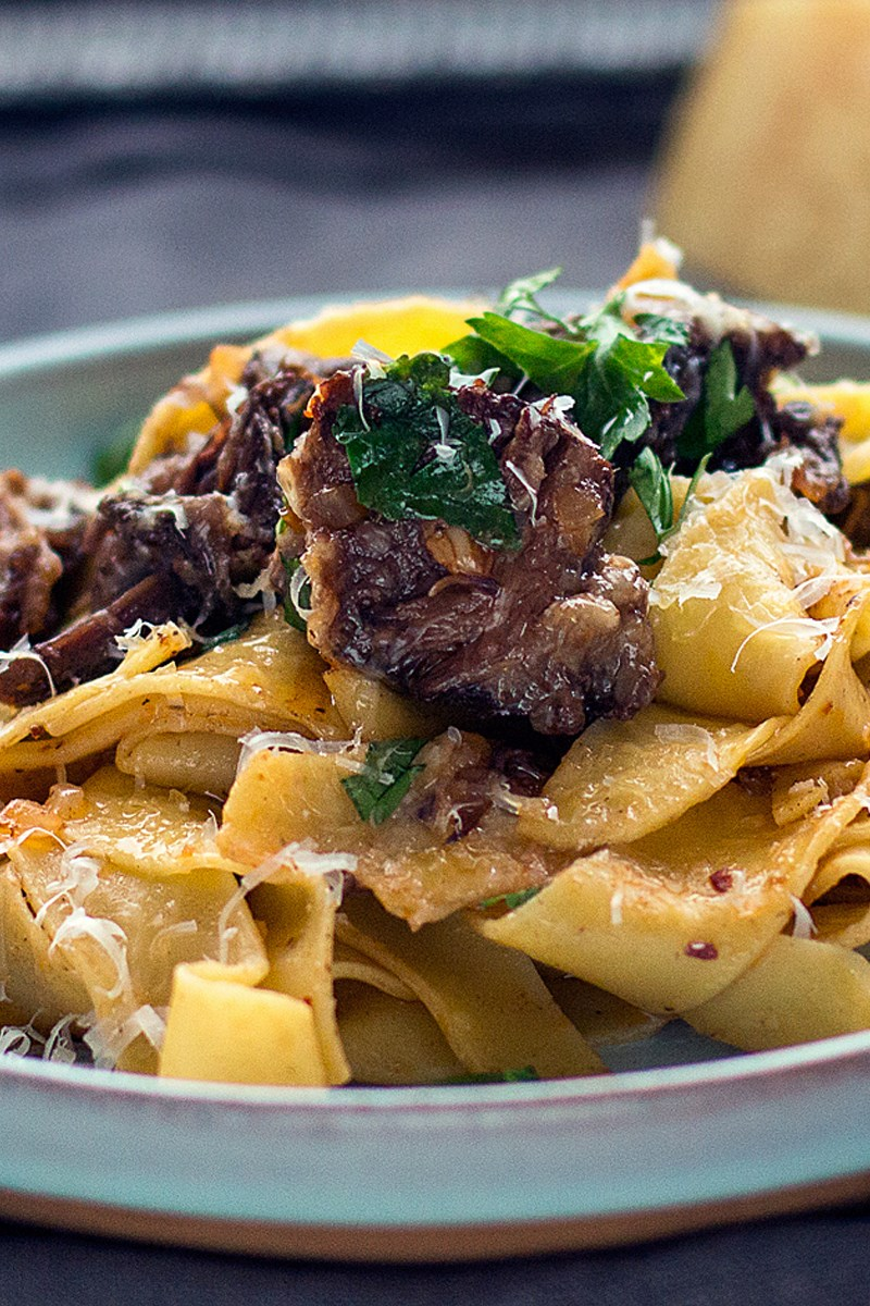 Crock Pot Short Rib Pappardelle Pasta | KitchMe