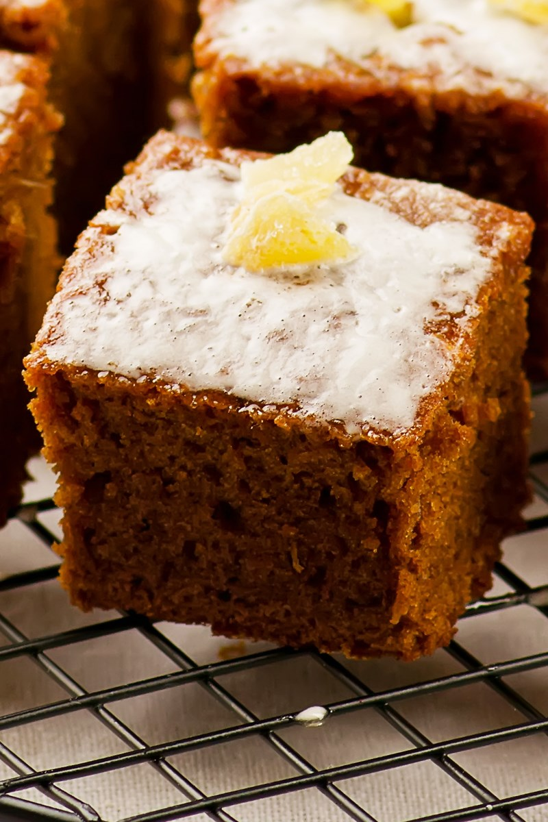 Ginger Spice Cake With Lemon Glaze