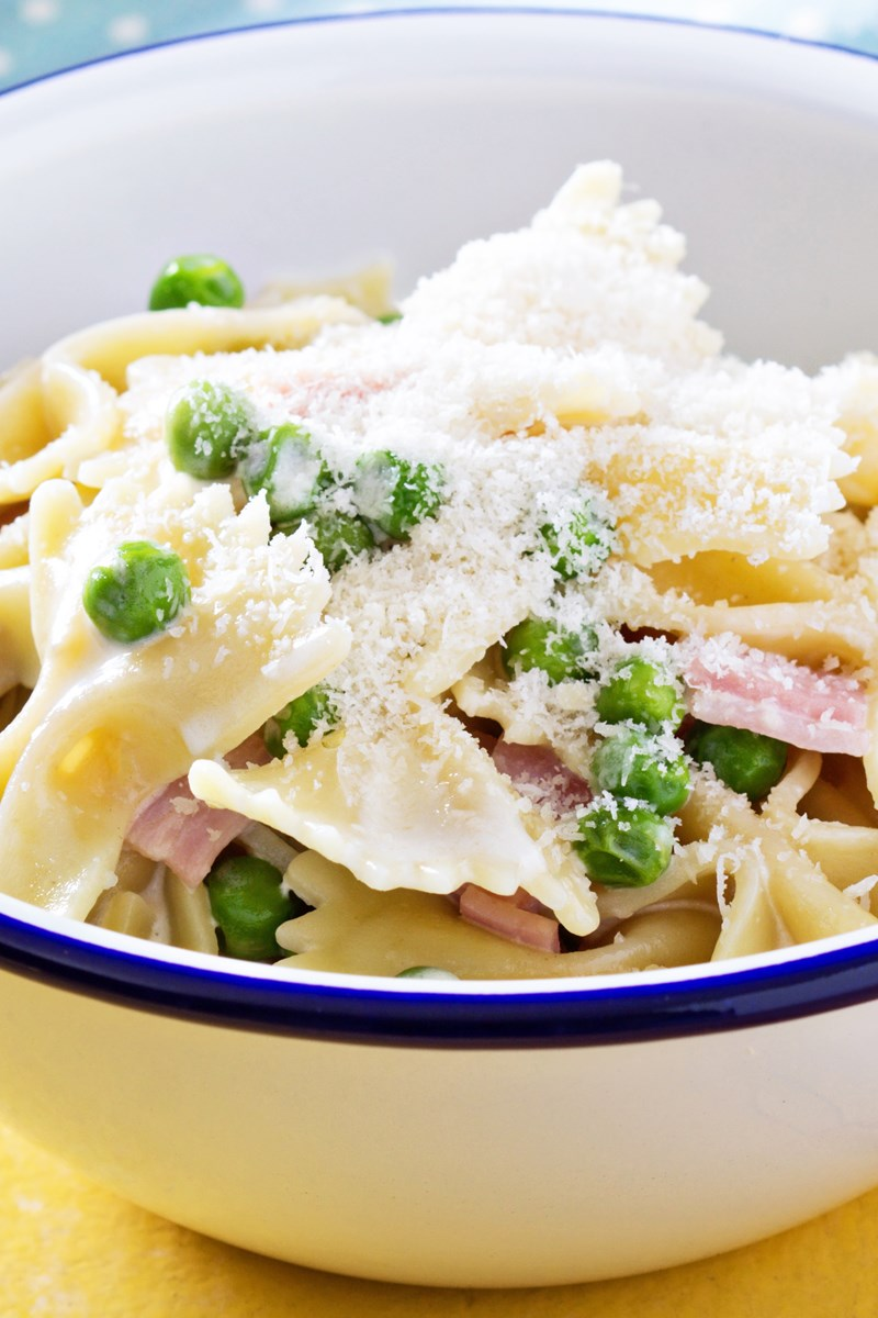 Ham and Cheese Bow Tie Pasta Bake | KitchMe