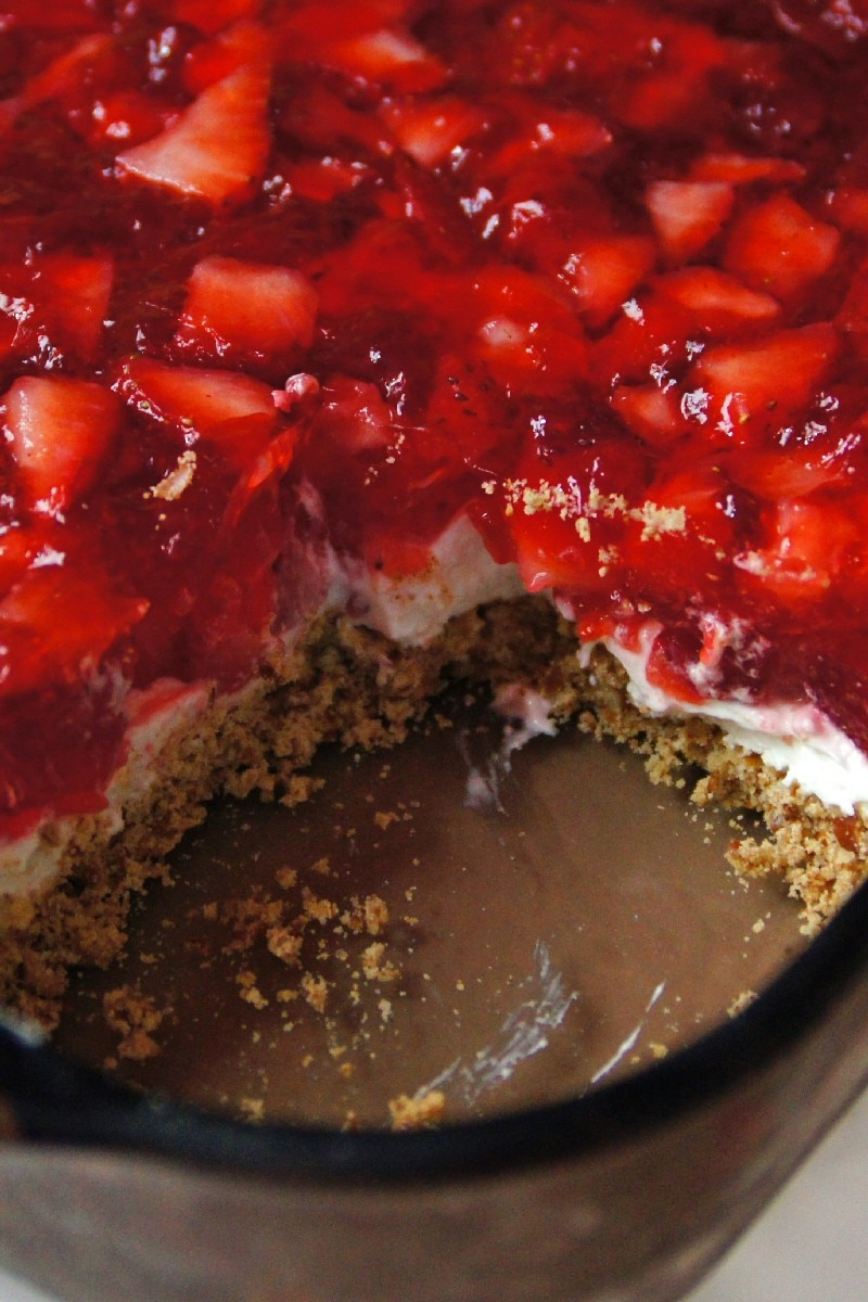 Judy's Strawberry Pretzel Salad | KitchMe