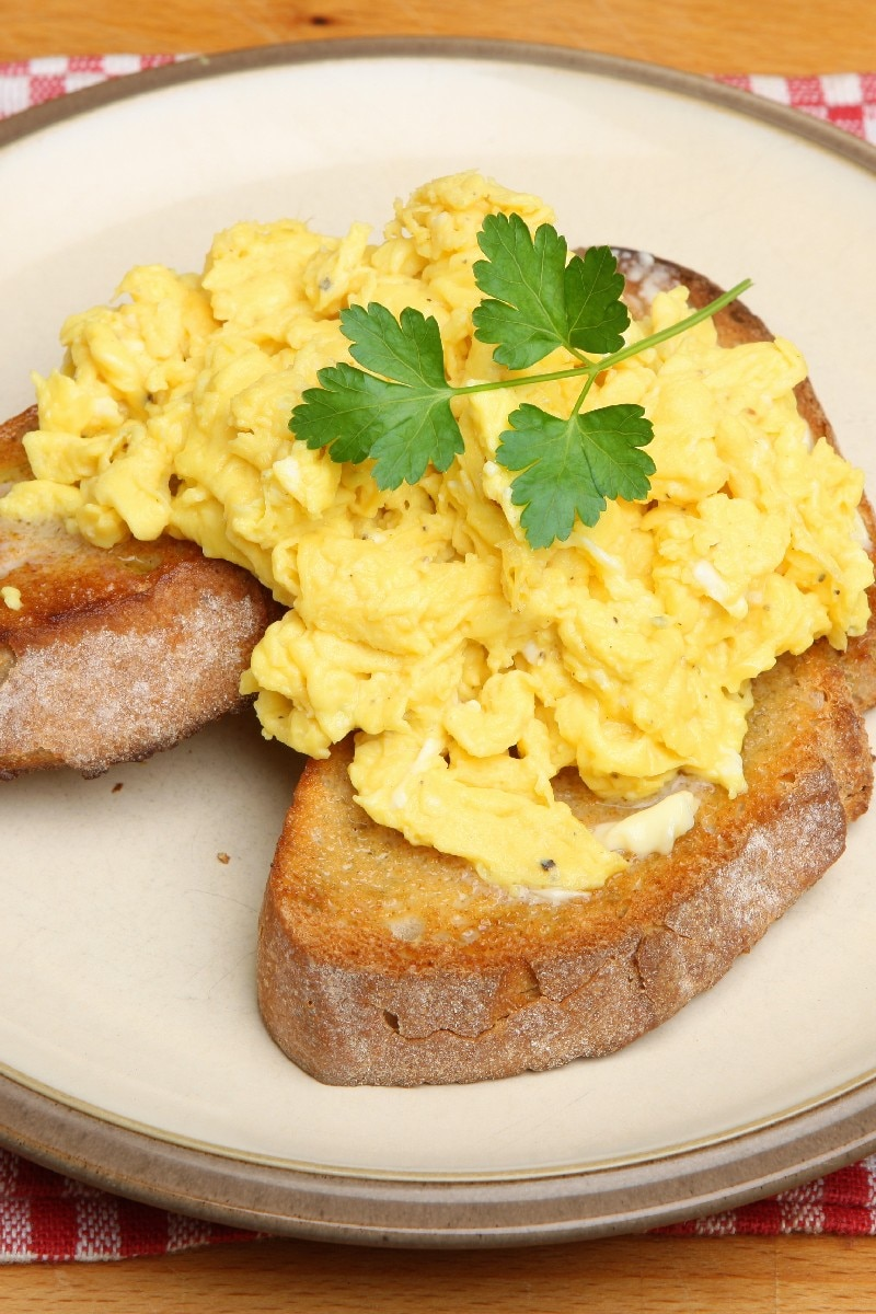 Oven Scrambled Eggs  KitchMe