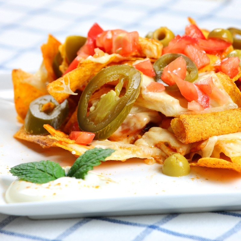 Restaurant Style Chicken Nachos | KitchMe