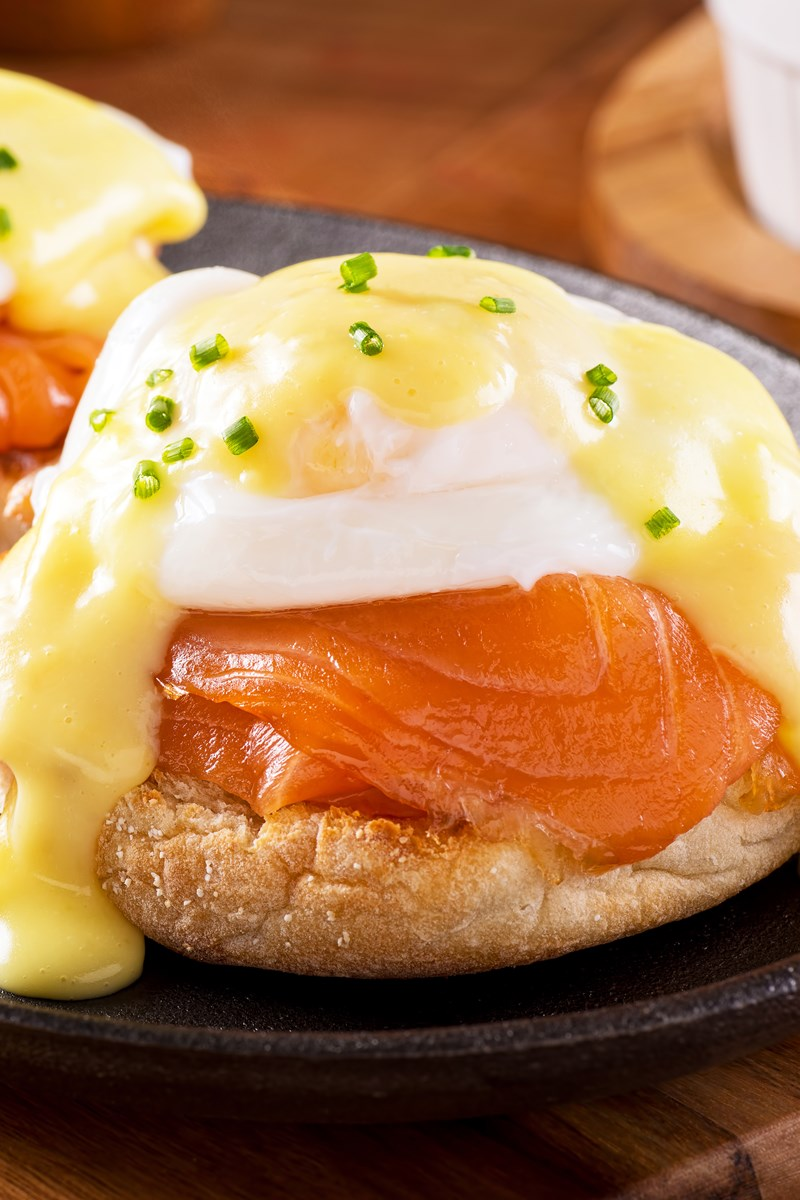 Skinny eggs benedict with smoked salmon kitchme for Fish eggs food