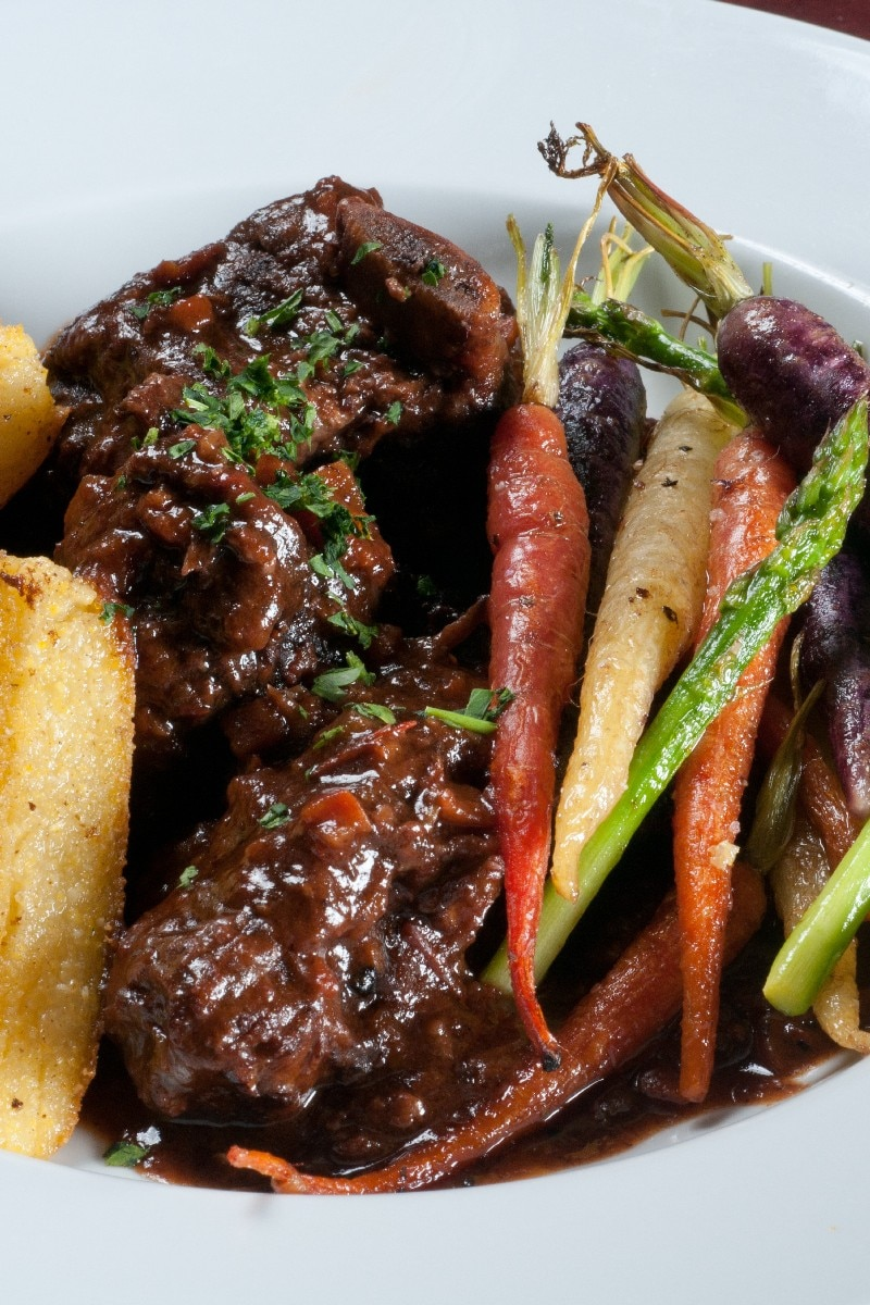 Slow Cooked Short Ribs With Carrots And Apples Recipe ...