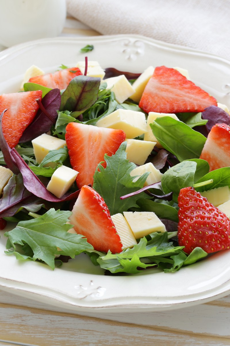 hearts of palm and spinach salad